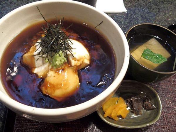 釜座二年坂店 豆腐丼 1,200円