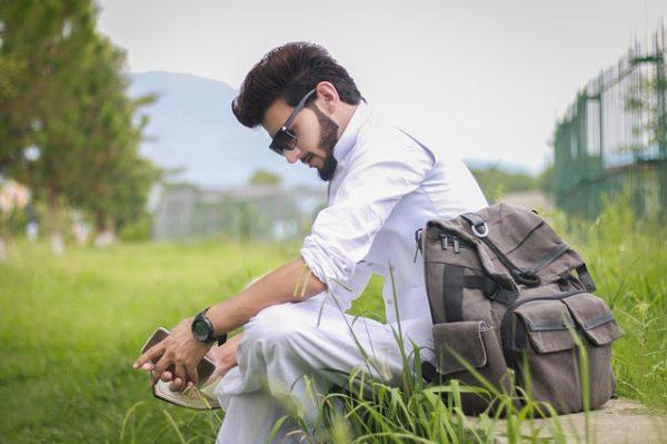 ひとり旅のパキスタン人男性