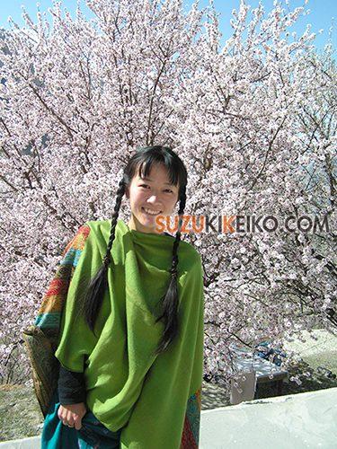 杏の花のシーズンの服装