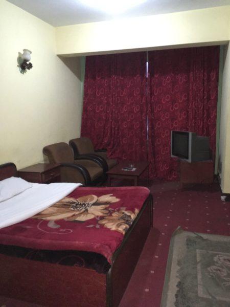 アル バダルホテル