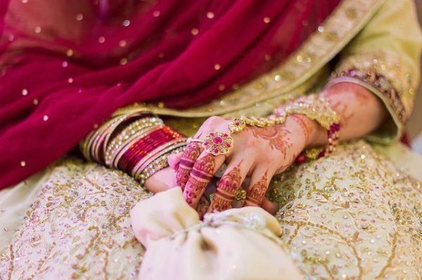 観光地での国際結婚 幸せかどうかは本人達しかわからない