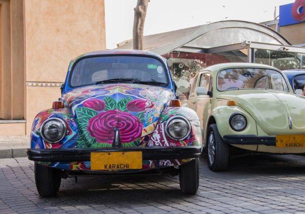 パキスタンのデコレーションカー