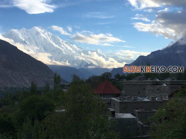カリマバードから見えるラカポシ(7,788m)