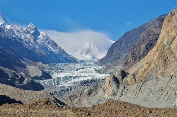パスー氷河