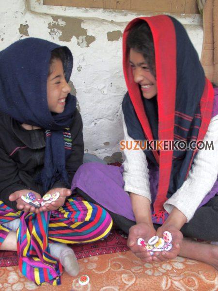 フンザの女の子達の生活にプラスαの彩りを