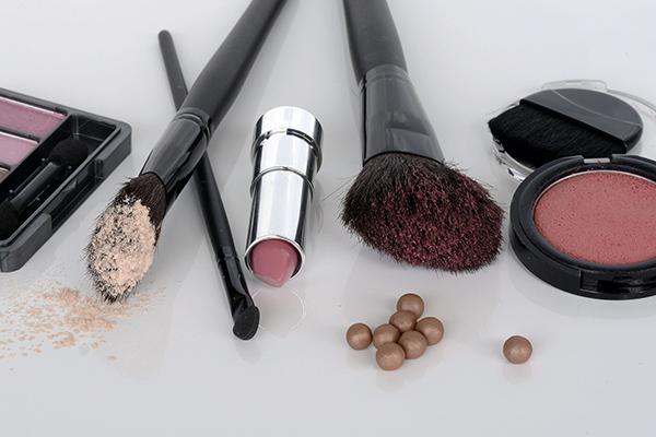 化粧品はパキスタンの女の子へのお土産にも!