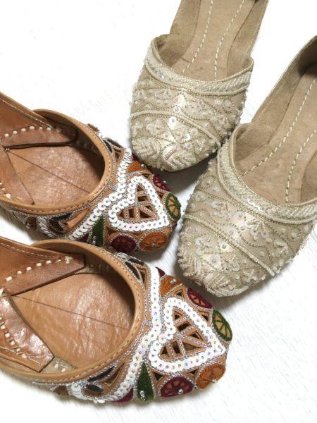 パキスタンのエスニックな靴 クッサー