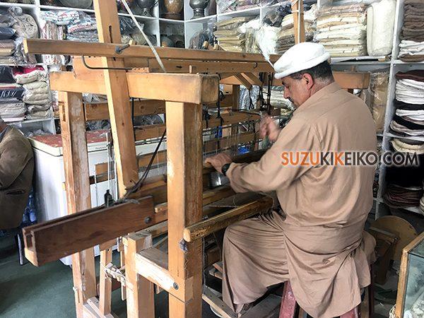 Hunza Weaving Center 機織り機