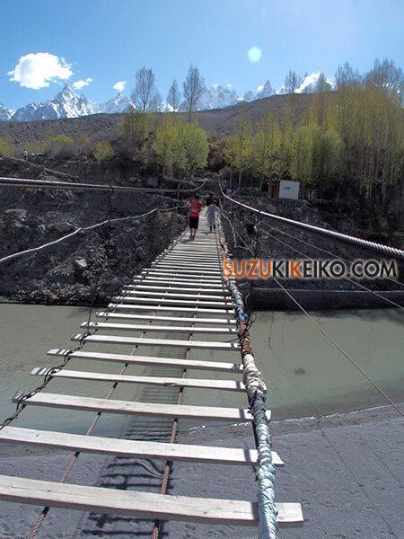 世界一危険!?パキスタン・フンザにあるフサニの吊り橋