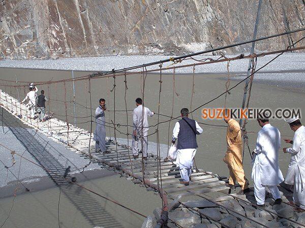 バーベキューを楽しみにきたパキスタン人観光客