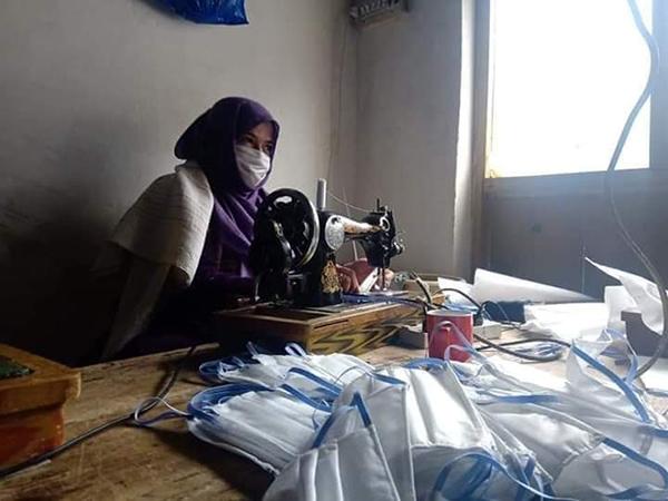 地域で行われている小さな活動 フンザでマスク制作