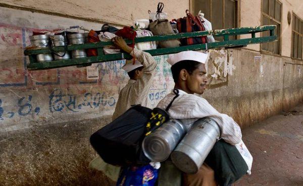 インドのダッバーワーラー