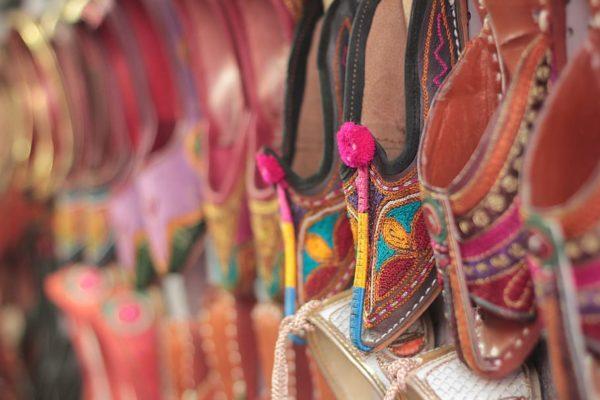 インド服に合わせやすい靴