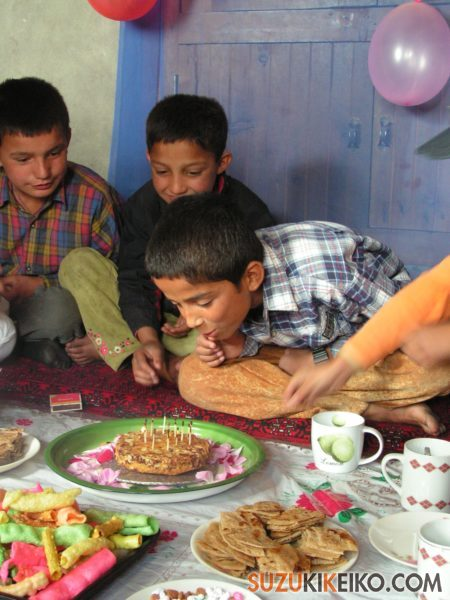 フンザの誕生日のお祝い