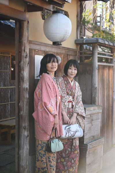 京都・東山 レンタル着物ローズ